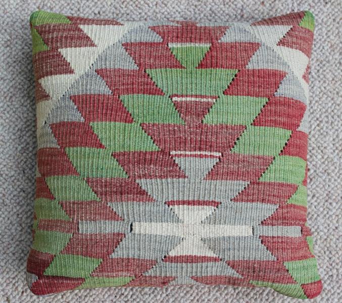 kilim-cushion-6-.jpg